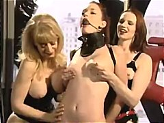 Tag: lesbian, stokin, perhambaan, bertiga.