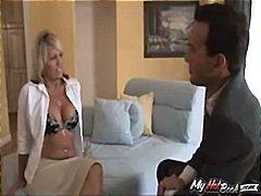 Tag: dalam kerongkong, bintang porno, perempuan tua, ibu seksi.