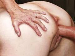 Тагови: хардкор, зрели за секс, баба, мали цициња.