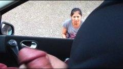 علامات: في السيارة, استراق النظر, في العلن, تعرى علناً.