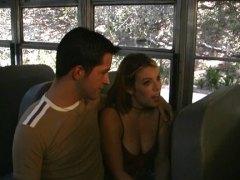 Etichete: la scoala, tineri, in autobuz.