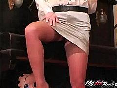 Oznake: mrežaste nogavice, starejše ženske, rjavolaska, zadovoljitev.