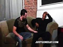 Oznake: crnci, međurasni, kurac, gay.