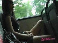 علامات: خارج المنزل, في الحافلة, صديقتى السابقة, تحت التنورة.