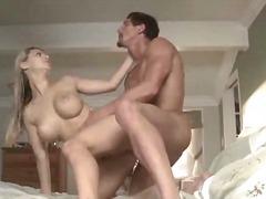 Ознаке: pornićarka, veliki kurac, izbliza, velike sise.