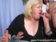 Oznake: trojček, starejše ženske, dvojna penetracija, babica.