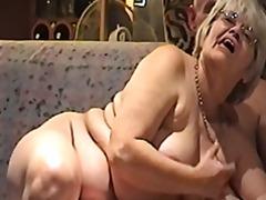 Tag: hisap konek, matang, wanita gemuk.