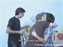 Ознаке: sisate, tinejdžeri, brineta, kurac.