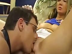 Žymės: sperma ant veido, spermos šaudymas, hardcore, blondinės.