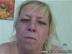 Oznake: penis, starejše ženske, starejše ženske, babica.
