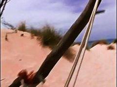 Tags: gawang bahay, beach, tsupa, bata.