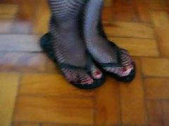 Ознаке: fetiš na stopala, fetiš na stopala, mrežaste čarape, zadirkivanje kurca.