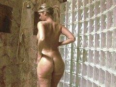 Tags: blondīnes, dušā, skaistules.