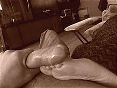 Oznake: fetiš stopala, amateri, žena, brineta.