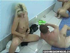 टैग: समूह, स्विमिंग पूल, बीबी बदलने वाला.