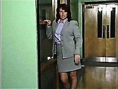 Žymės: plaukuotos putės, sekretorės.