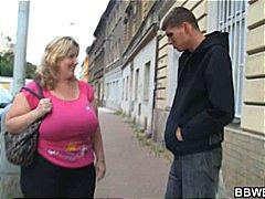 Теги: жирные, большая грудь, парни, толстушки.