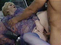टैग: बुड्ढा चोदे नवयुवती, अधेड़ औरत.