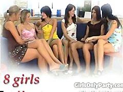 Tag: pantat, lesbian, berkumpulan, parti.
