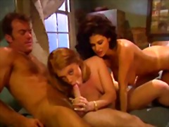 टैग: बड़े स्तन, पुरानी, नजदीकि दृश्य.