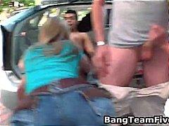 टैग: समूह, मुखमैथुन, सेक्स पार्टी.