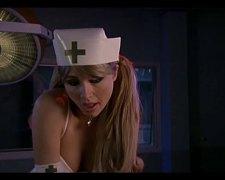 태그: 금발미녀, 유명인사, 섹시한중년여성, 간호사.