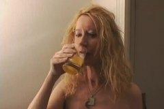 Tags: piedzērušies, jāšana, anālais, pusmūža sievietes.