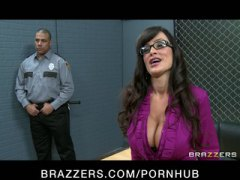 Big tit milf lisa ann is double-penetrated in hardcore gang-bang.