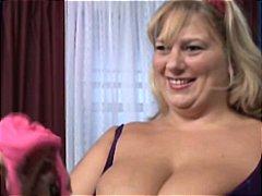 टैग: चूत में वीर्य, बड़े स्तन, अधेड़ औरत.