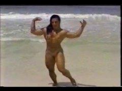 टैग: समुद्र तट, मिल्फ़, खुलेआम चुदाई.