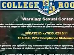 Oznake: orgija, študentski dom, najstnica, šola.