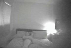 Теги: дружина, приховані камери, камера, вона дрочить.