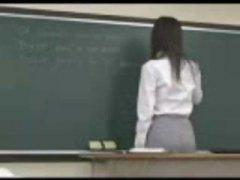 Žymės: studentai, azijietės, japonės, mokytojos.