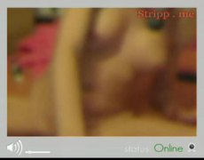 Žymės: nuogaliai, internetinė kamera, masturbacija, striptizas.