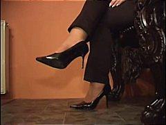 Ознаке: fetiš na stopala, najlon, čarape.