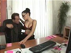 Tags: sekretāre, smagais porno, brunetes, neilons.