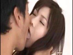 Oznake: azijati, hardcore, poljubac, straga.