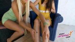 Tag: remaja, lesbian, pemujaan, seluar dalam perempuan.