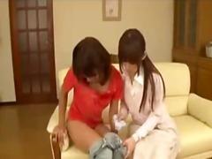 Tag: berbulu, seluar dalam perempuan, kerusi/sofa, puting.