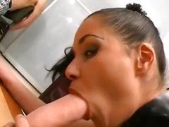 Etichete: sex fara preludiu, penis urias, in piele, penis artificial.