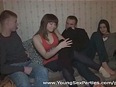 Etiquetes: orgasmes, jovenetes, sexe de grup, correguda.