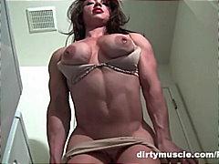 Tags: masturbācija, rotaļlietas, brunetes, striptīzs.