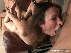 Žymės: hardcore, didelis penis, sperma ant veido, grupinis.