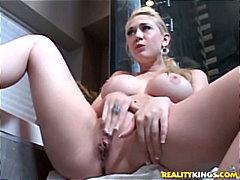 टैग: नकली लंड, बड़ी गांड, सुनहरे बाल वाली.