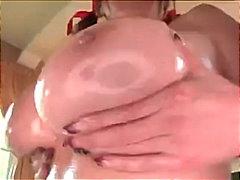Žymės: krūtys, sperma ant veido, spermos šaudymas, kasytės.