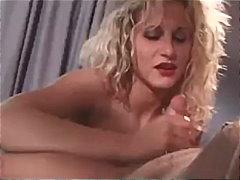 Tag: ibu seksi, rambut blonde, jari, pancut di muka.