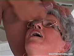 टैग: अधेड़ औरत, मुखमैथुन, चेहरे का.