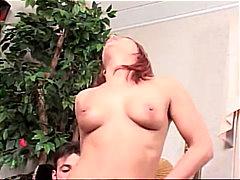 Tag: estrela pornô, casal, engasgo, anal.