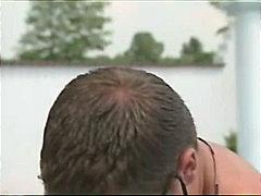 Ознаке: bazen, plavuše, par, seks na otvorenom.