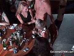 Tags: orālais sekss, gangbang, ballīte, kailais onānisms.